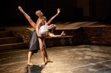 Complexions Contemporary Ballet takes the stage at the Ford in 2013 as part of the inaugural Signature Series. This world-caliber dance company performed together with LA's own Lula Washington Dance Theatre.